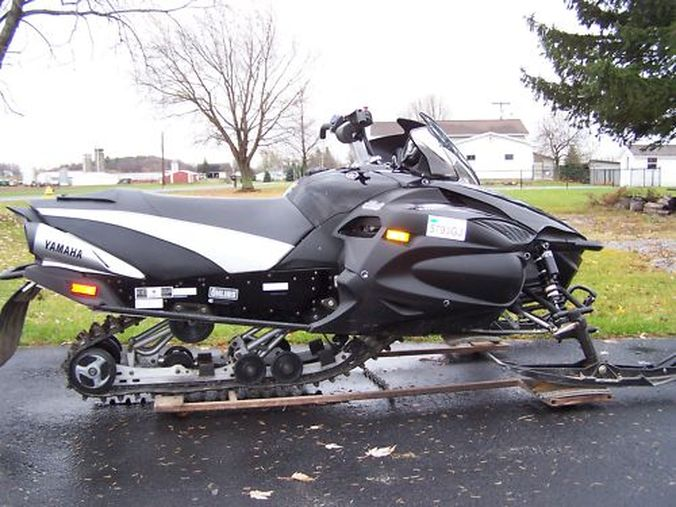 2006 Yamaha Apex Gt Home